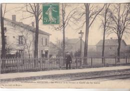 54 Dombasle Sur Meurthe - Les Maisons De La Douane Et Café De La Gare.édit Balle. Animée,écrite  Bon état. - France