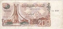 BILLETE DE ARGELIA DE 200 DINARS DEL AÑO 1983  (BANKNOTE) - Argelia