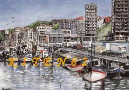 Boulogne-sur-Mer-62. Le Port à Marée Haute. Ici La Flotte étaploise Aux Heures De Gloire. Buildings De Gambetta, Camions - Pesca