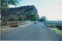 974 - ILE DE LA REUNION   - Photographie Route Du Littorale Entreé De SAINT DENIS Avec Anciens Ponts - Saint Denis