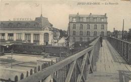 JUVISY SUR ORGE- La Passerelle, Gare. - Gares - Avec Trains