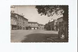 SAINT PALAIS (B P) 783 PLACE DE L'HOTEL  DE VILLE - Saint Palais