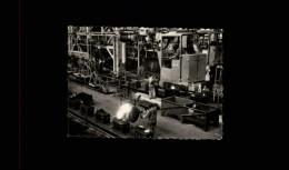AUTOMOBILES - Petite Vue - REGIE NATIONALE DES USINES RENAULT - USINE DE BILLANCOURT - FONDERIES - Vieux Papiers