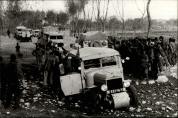 AUTOMOBILES - PHOTO SYGMA DE 1984 - CROISIERE JAUNE CITROEN 1931-32 - Après Tien-Tsin - Automobiles