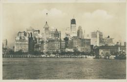US NEW YORK CITY / Les Buildings / - Otros Monumentos Y Edificios