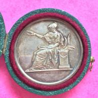 Médaille Gravée Par Brenet,  14 Grammes - France