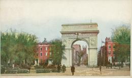 US NEW YORK CITY / Washington Arch, Washington Square / CARTE COULEUR - New York City