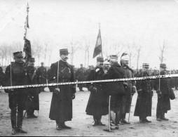 CARTE PHOTO / DECORATION / OFFICIERS / 1905 - 1914 / ANGERS / MEDECIN / 135e RI / 25e DRAGONS ?? 6e GENIE ?? - War, Military