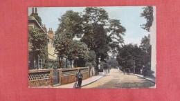 London Road    GUILDOWN=====ref  2206 - Surrey