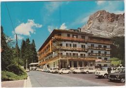 S. Martino Di Castrozza : FIAT 1500,1100,500, LANCIA FULVIA COUPÉ & FLAVIA, CITROËN DS - Hotel 'Colfosco' - Dolomiti - Turismo