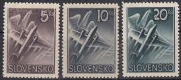 Slovakia 1940 Airmail Mi#76-78 Mint Never Hinged - Nuevos