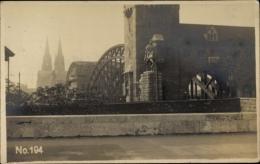 Cp Köln Am Rhein, Blick Auf Denkmal, Tor, Brücke, Kölner Dom - Allemagne