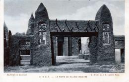 Cpa 1931 Exposition Coloniale Internationale, AOF, Porte Du Village Indigène, Jouaunnault :bas Reliefs  (52.10) - Esposizioni