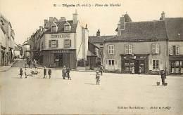 - Depts Divers -FF638- Saone Et Loire - Digoin - Place Du Marche - Confection Adenot - Magasin - Magasins - - Digoin
