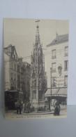 CPA : ROUEN (N° 20) : La Croix De Pierre : Jolie Carte - Quelques Personnes Au Pied De Ce Monument - Un Tramway - Rouen
