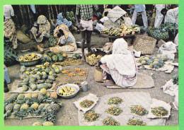MAYOTTE / LE MARCHE DE MAMOUDZOU.../ Carte Vierge Des Années 70 - Mayotte