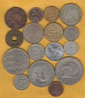 Lot Of 16 World Coins - Coins & Banknotes