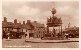 BOROUGHBRIDGE YORKSHIRE UK ST JAMES SQUARE~STOREFRONTS~J TOPHAM PHOTO POSTCARD - Non Classés