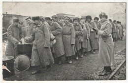 Kriegsgefangene Russen Auf Dem Bahnhof In Neu-Ulm Am 25.11.14 - Prisonniers Russes - Russian Prisoners - War 1914-18