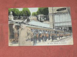 TOURS   1910   FANTAISIE THEME TRAIN EN GARE   EDIT  CIRC OUI - Tarjetas De Fantasía
