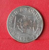 MOZAMBIQUE  2,5 ESCUDOS 1935 - 3,5 GRS - 0,650 SILVER   KM# 61 - (Nº14887) - Mosambik