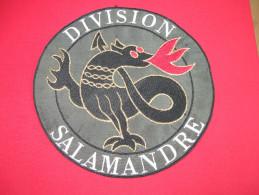 ECUSSON BRODE / DIVISION SALAMANDRE - Ecussons Tissu