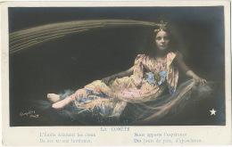 Surrealisme Femme Photo Et Dessin Comete Etoile Filante Clayette Photo Edition Etoile - Femmes