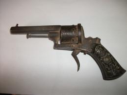 Revolver à Broche Années 1850/60 - Armes Neutralisées