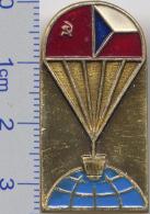 145 Space Soviet Russia Pin INTERKOSMOS USSR-Czechoslovakia - Raumfahrt