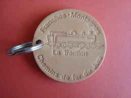 Porte-clefs En Cuir, Chemins De Fer Du Jura Suisse, Franches-Montagnes, La Traction, 5,5 Cm, Neuf. - Porte-clefs