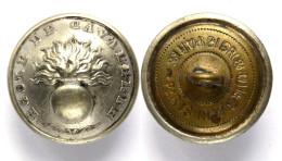 Bouton ECOLE DE CAVALERIE (1870-1914) Argenté. 23 Mm - Boutons
