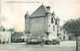 29 GUERLESQUIN  Ancienne Prison - Mairie - Guerlesquin