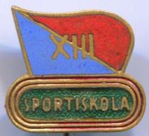 SPORTISKOLA - Hungary, Enamel, Vintage Pin, Badge - Other