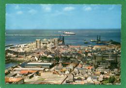 50 CHERBOURG-LA GARE MARITIME ET LA RADE La Sortie Du Paquebot L'HANSEATIC Compagnie Allemande Cpsm Grd Format 1965 - Cherbourg
