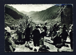 ANDORRA  -  Les Escaldes  Dance Typical Of Santa Anna  Used Postcard As Scans - Andorra