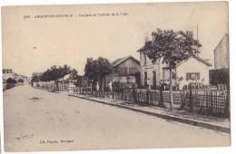 ARGENTON-CHATEAU  -  La Gare Et L'entrée De La Ville.  Pas Courante. - Argenton Chateau