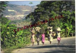 AMERIQUE - ANTILLES - HAITI - KENSCOFF - ON THE WAY TO THE FRIDAY MARKET - ECRITE DE PORT AU PRINCE - Haïti