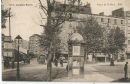 LEVALLOIS PERRET - Place De Villiers (voiture à Cheval Samaritaine) - Levallois Perret
