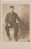 CARTE PHOTO NON SITUEE - Personnage - 36 Sur Col Et Sur Képi - Postkaarten