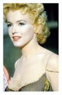Marilyn Monroe Postcard (1415) - Publisher Pyramid Year 2011 - Size 9x14 Cm. Aprox. - Femmes Célèbres