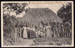 "OLD CARD "" A GROUP OF NATIVES AND THEIR HUT "" Saint Kitts - Saint-Christophe-et-Niévès"