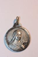 """Pendentif Médaille Religieuse Argent 925 """"Sainte Thérèse De L'Enfant Jésus - Lisieux"""" Silver Religious Medal - Godsdienst & Esoterisme"""