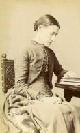 Royaume Uni Maidenhead Femme Mode Victorienne Ancienne CDV Photo Macey 1875 - Photographs