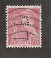 Perforé/perfin/lochung France No 416 LB  L. Binoche Et Cie   Atelier Du Kremlin - France