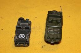 Deux Véhicules Militaires Dont Une Jeep Solido - Other