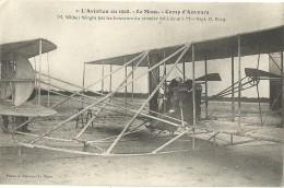 LE MANS.  Camp D'Auvours. 1908.  M. Wilbur Wright Fait Les Honneurs Du Premier Vol à Deux à Mme Hart. O.Berg. - Le Mans