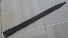 Fourreau De Glaive 50cm à Nettoyer  Chappe3,5cm - Armes Blanches
