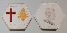 Îles Cook 5 Dollars 2006 BXVI Hexagone Argent Couleurs Pape Benoît XVI - Cook