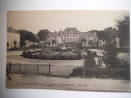 Le Square De La Préfecture - La Roche Sur Yon