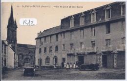 ST-JEAN-DU-DOIGT-- LES BELLES VOITURES DEVANT L HOTEL ST-JEAN ET DES BAINS - Saint-Jean-du-Doigt
